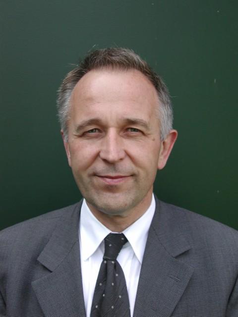 Dr. Franz-Josef Lenze